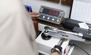 Torque Wrench Calibration with precise calibration machine